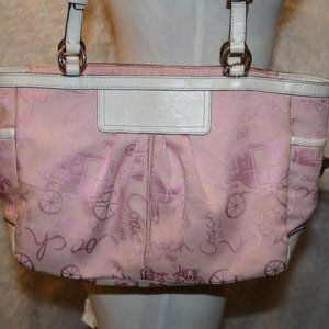 Coach bag F14629 pink and white very cute